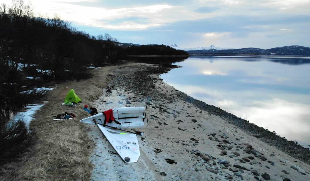 DRONE: Magne Klann får også nyte naturen i Troms. Her fra Gibostad på Senja.