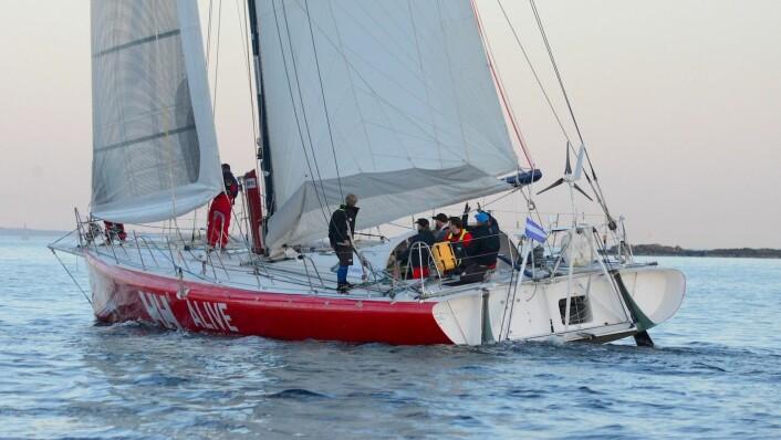 RASK: Open 60 «Galactica Viking» holder 12 knops fart mot Skagen, og er ventet i mål rundt kl 12.00