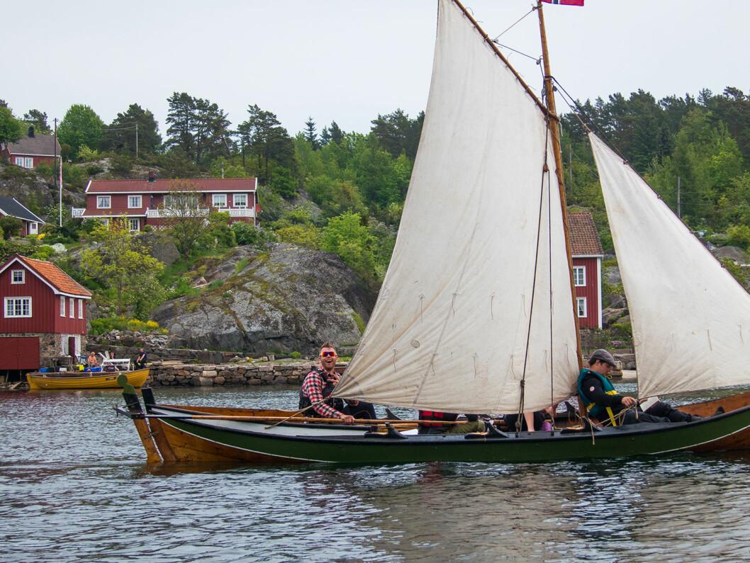 I TRADISJONSBÅTER: Er du ung og uten ferieplaner, da kan kanskje en skjærgårdscamp i tradsjonsbåter være en idé?