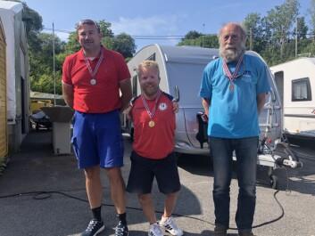 MEDALJER: Eilert Kamfjord, sølv, Bjørnar Erikstad, gull, og Harald Rolfsnes, bronsje.