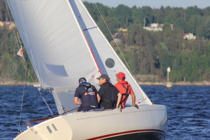 Madeleine med skipper Robert Bay lå i têt blant IF-ene i Drøbaksund.