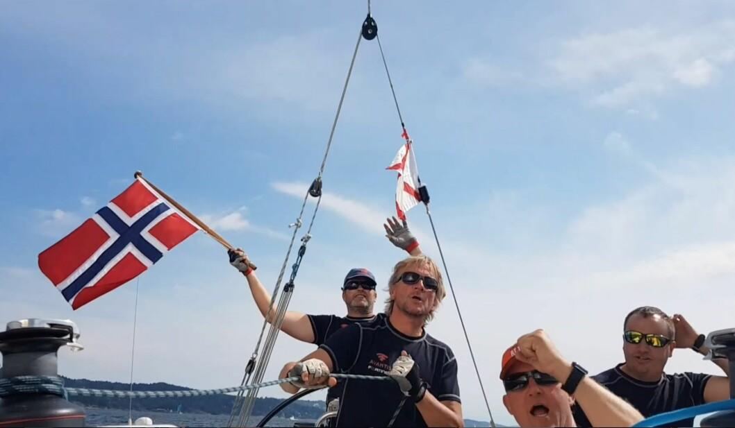 ALLSANG: Mannskapet på «Betty Boop» sang «We are the champions» for full hals på vei hjem fra Tønsberg.