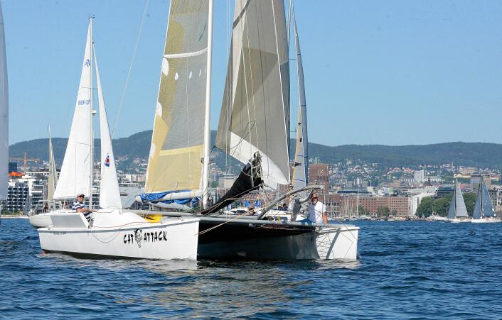 RASK: Raskeste flerskrogsbåt på seilt tid var «Cat Attack» som brukte 15 timer og 6 minutter på banen.