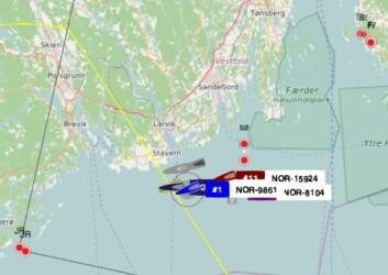 TRACKING: Båtene har en rask og tøff kryss mot Jomfruland.