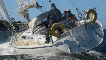 FØRST: Dehler 36 «Flyer« var første båt over målstreken på Hankø, og vant Are Wiig-klassen.