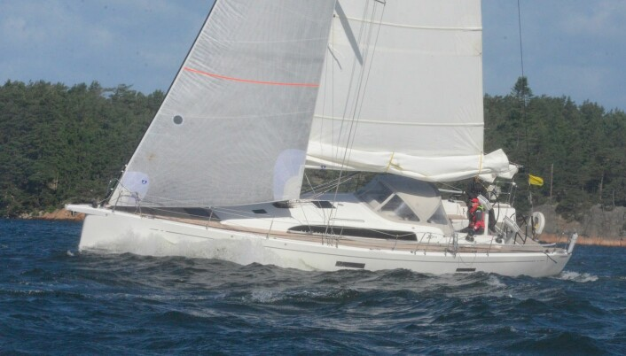 RASK: Xp 44 «Born to Run» med Pål og Valborg Stiansen kan være første båt som runder ved Jomfruland.