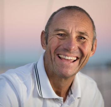 FAVORITT: Philippe Péché har seilt jorda rundt på under 50 døgm da han var med å sette Jules Verne Trophy. Denne gangen kan det ta 250 døgn.