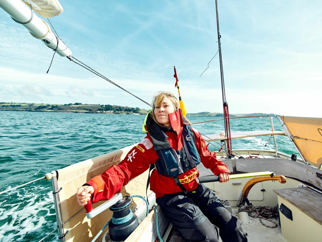 YNGST: 28 år gamle Susie Goodall fra England er feltets yngste seiler, hun er også den eneste kvinnen.