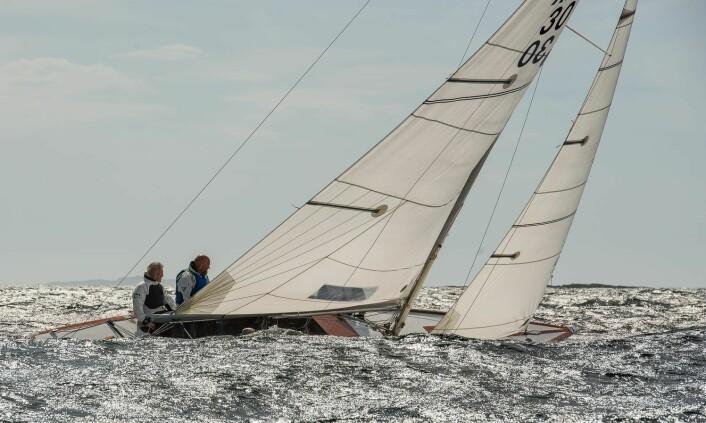 IOD: Den mest tradisjonsrike Hankø-klassen, IOD, holder fortsatt stand på regattabanen utenfor Garnholmen, og det ble et ekte lokalt Fredrikstad-lag som vant.