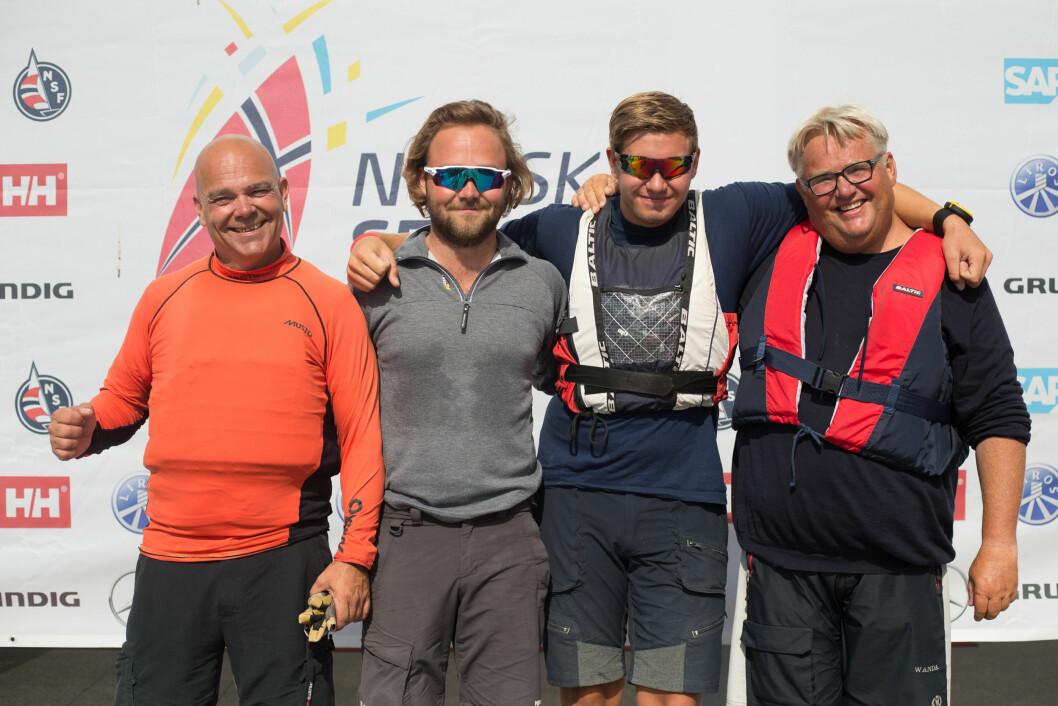 I TET: Brevik Seilforening leder eliteserien etter to runder. Fra venstre Nils Petter Hovemoen, Oscar Widestam, Ole Martin Lunde Lidal og Dag Usterud.