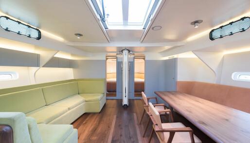 Solgte Hanse, bygde yacht