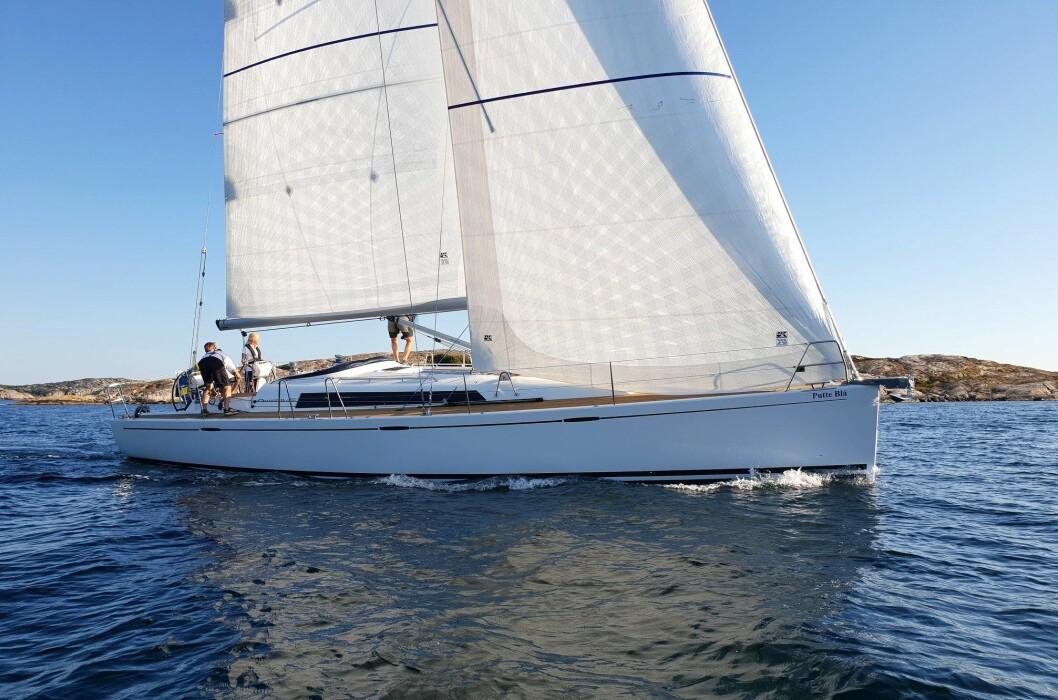 SVERIGE: Ellös er stedet for første runde med testing. Arcona 435 er en av tre svenske båter som er nominert.