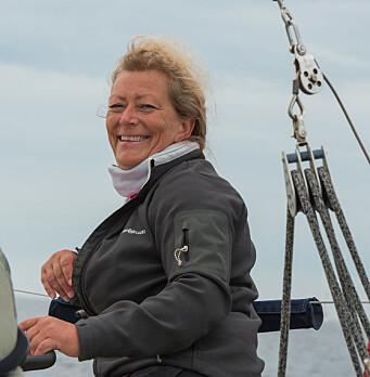 REGATTASEILER: Eira Naustvik håper flere ser verdien av å seile regatta.