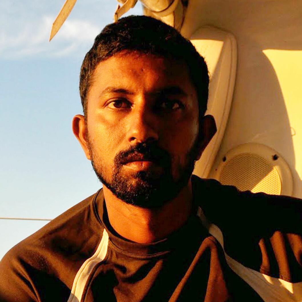 UAVKLART: Abhilash Tomy har mistet masten og skadet ryggen. I nesten ett døgn har det ikke vær kommunisert med seileren.