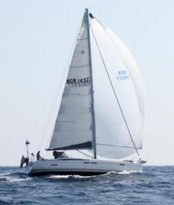 ARC: «Tamara», Sun Odyssey 439, er utstyrt med gode seil, og satser på en rask tur over Atlanterhavet.