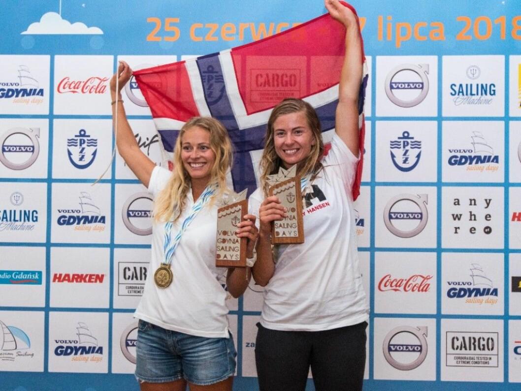 Helene Næss og Marie Rønningen fra Tønsberg sto for en av årets beste seilerprestasjoner da de vant EM i 49erFX. Nå er de rangert blant verdens ti beste lag.