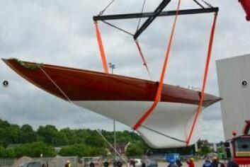 NY: I sommer ble det sjøsatt en helt ny 12mR bygget etter Johan Ankers siste tegninger. Båten er bygget i Tyskland av en dansk eier.