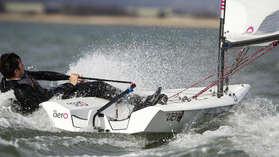 UTFORDRER: RS Aero er en av tre utfordrere til Laser når det gjelder å være enmannsjolle-klasse i OL i 2024 i Marseilles, Frankrike.