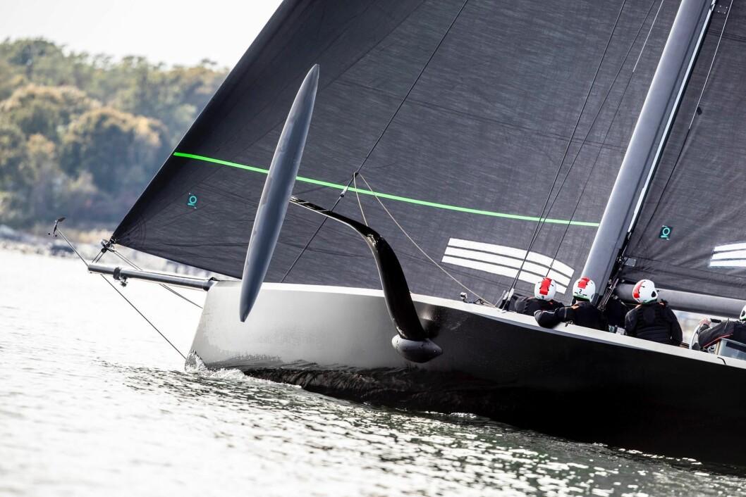 FOLIER: NYYC American Magic har sjøsatt sin treningsbåt som blir en nedskalert utgave av hva som skal seiles i neste America's Cup.