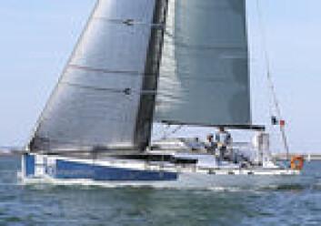 JPK: Karbonmast gir økt stabilitet og mindre pumpebevegelser i bølger, men er ekstra utstyr.