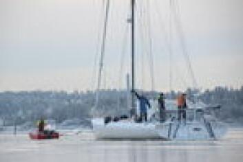 IS: «Galacticviking» på vei ut fra Blommenholm 14. desember