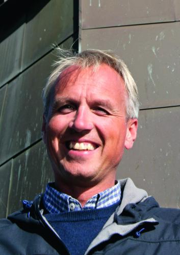 REKRUTTERING: Per Christian Bordal håper på at suksess fra ishockey i USA skal få flere til å seile.