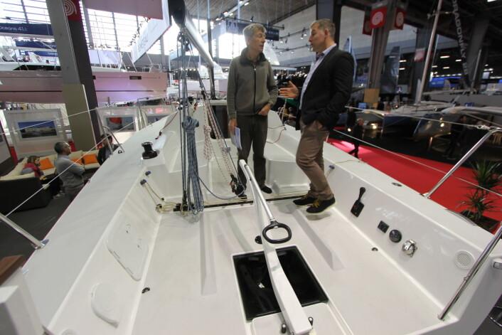 SHORTHANDED: Med rorkult eo det meste i rekkevidde for rormannen er båten egnet for single og dobbelhanded.
