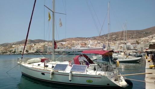 Ta frivillig hyre i Hellas