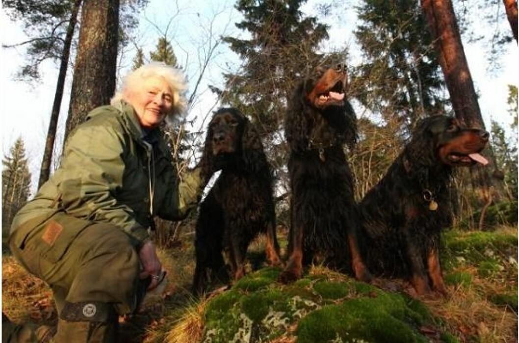 Etter at hun la opp regattaseiling ble hunder Mette Terlands viktigste hobby