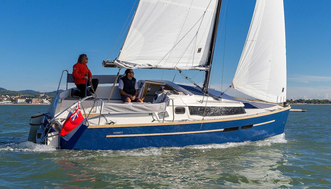 MOTORSEILER: Swallow Coast her en kraftig påhenger i en brønn midt i båten. Men hvor mye vet du om påhengere? Prøv SEILmagasinets fredags-quiz.