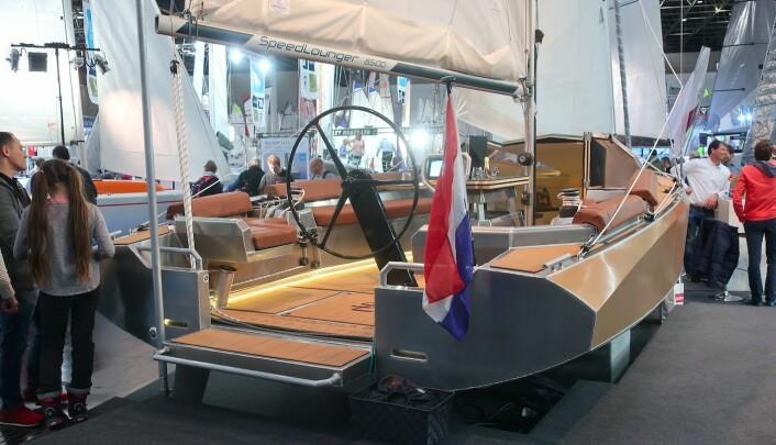 NYTT: Speedlounger 8500 er bygget for å seile fort uten at det skal være komplisert.