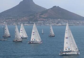 CLIPPER RACE: Sir Robin Knox-Johnston står bak regattaen rundt jorda hvor mannskapet betaler for å være med.