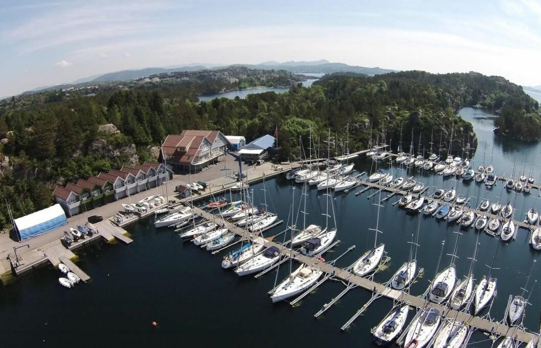 SEILSPORTSENTER: Askøy Seilforenings seilsportsenter er utgangspunkt for foreningens aktiviteter.