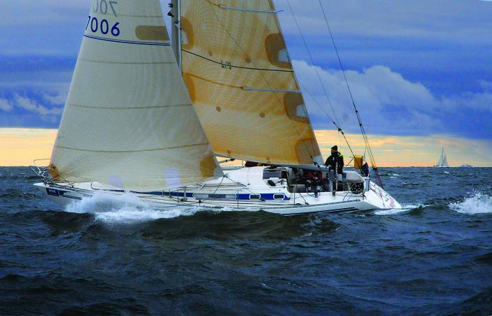 LURINGEN: Tommy Bergman har seilt sin Finngulf 39 siden 1986, og vunnet mange regattaer med den.