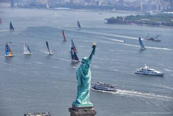 NY: Starten gikk 29. mai ut fra New York. To dager før var det charity race nær sentrum.