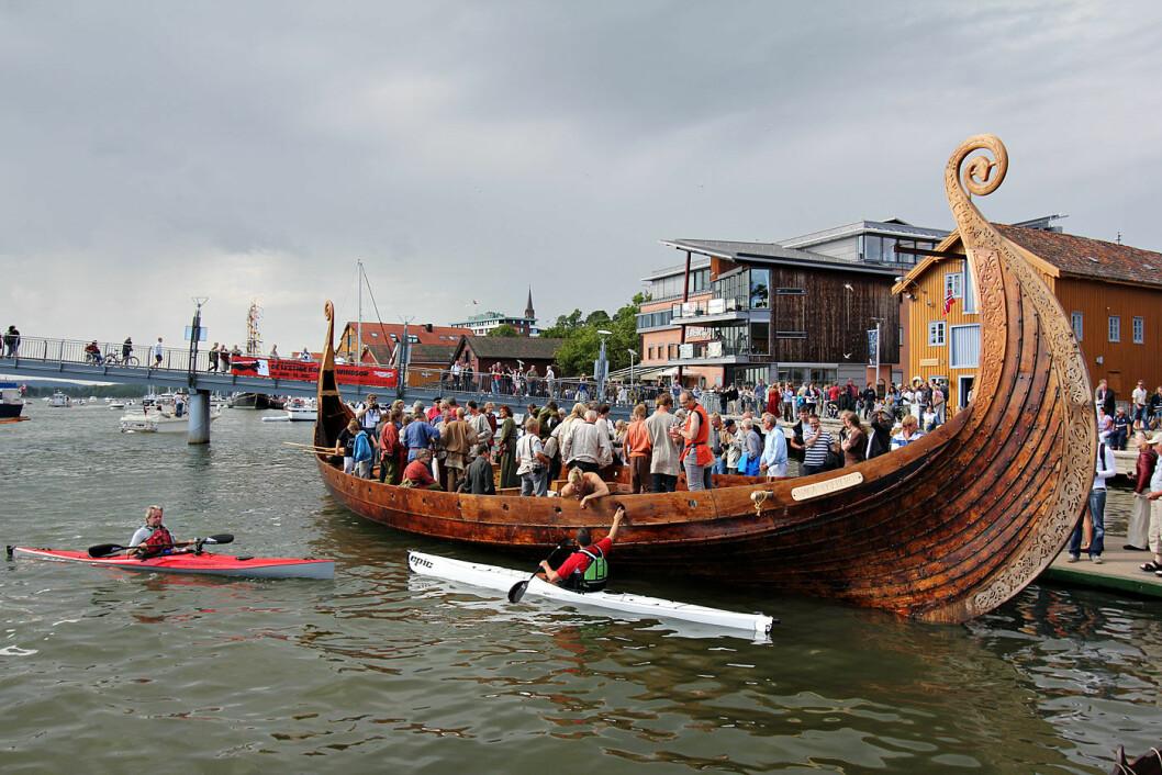 TIL TØNSBERG? Nå er det ikke bare sjøsetting av Osebergskipet som kan samle mange mennesker i havnen i Tønsberg. Mye tyder på at den vil bli fylt opp av Færder-deltagere til neste år.