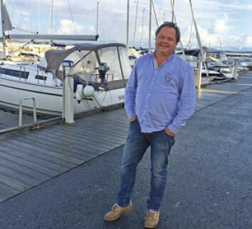 FORTSETTER: Flemming Brun Henriksen har tro på seilbåtene fra Bavaria, og håper å kunne fortsette med å selge disse.