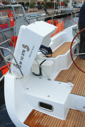 PRAKTISK:?Oceanis har laget en smart løsning for plassering av flåten.