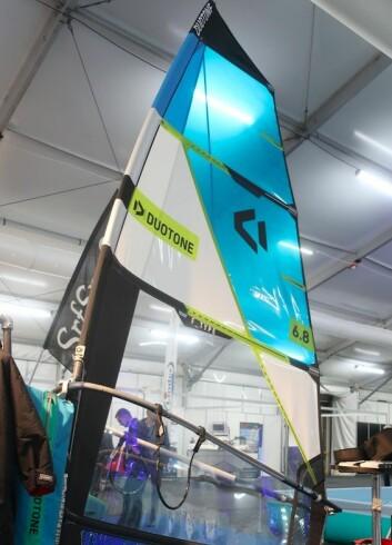 SEIL: North Sails har blitt Duotone, som har utviklet seil for foiling. Dette er på 6,4 kvm og egnet for Oslofjorden. Kraften er som et 8 kvm seil.