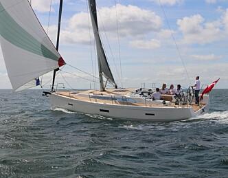 X4 fra X-yachts på vannet