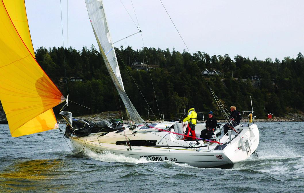 TEST: De tre ulike autopilotene ble alle testet i Sun Fast 3200 som hadde deltatt i regatta over Atlanterhavet.
