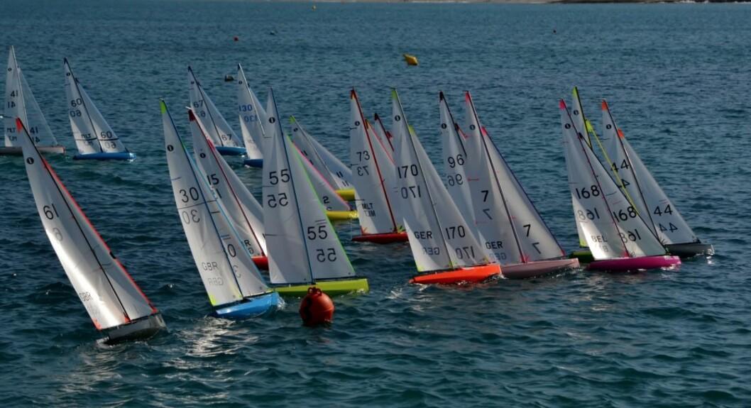 MODELLSEILING: Norsk IOM Klubb er en klasseklubb på lik linje med alle andre klasseklubber i systemet til World Sailing