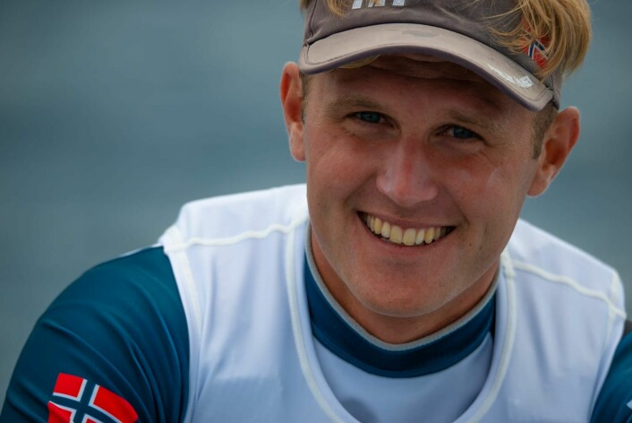 SATSER PÅ MEDALJE: Hermann Tomasgaard seiler for medalje i Genova.