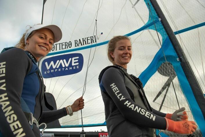 VIL HEVE SEG: Helene Næss og Marie Rønningen seiler med økt selvtillit og vil være mer offensive i Genova.