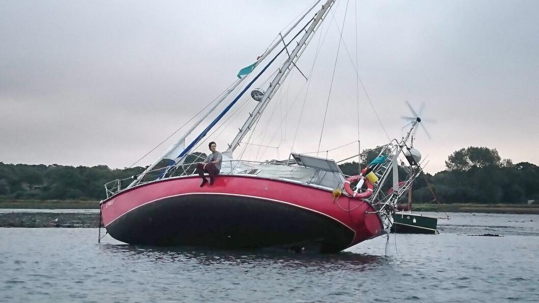 LANGTUR: Martin Bull seiler en Amel på 36 for fra 70-tallet.