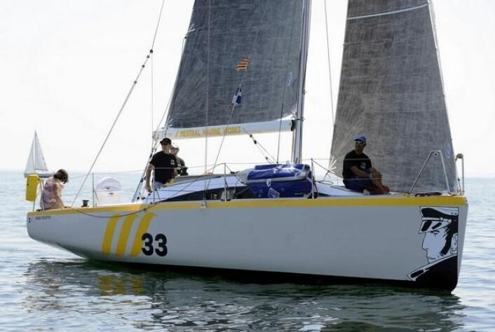 SPANSK: MMW33 er også en nyhet som debuterte i Frankrike, men i  IRC B-klassen. Båten ble nummer sek, av 26 i klassen.