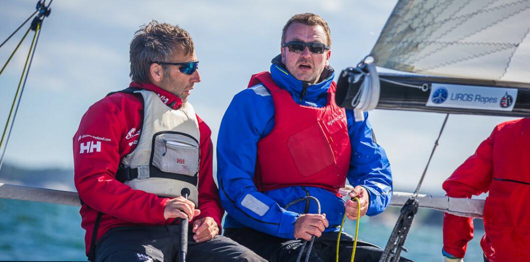 TIL FINALEN: Karl-Einar Jensen (til rors) og Jørn-Erik Ruud har som mål å seile Moss til finalen i Sailing Champions League.