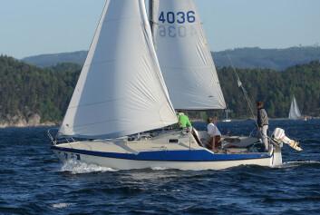 BILLIG: Maxi 77 finnes det mange av, og 70-tallsbåten selges godt vedlikeholdt, eller som oppusningsobjekt.