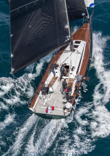RORMANN: Ringstad tok styringen på ClubSwan 50 «Mathilde» i mai.