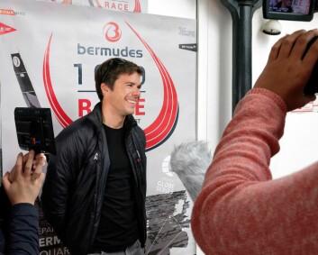 LEDER: unge Sébastien Simon leder Bermudes 1000.